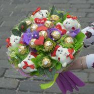 """Букет из игрушек и конфет №673-5К """"Сладкая радость"""""""